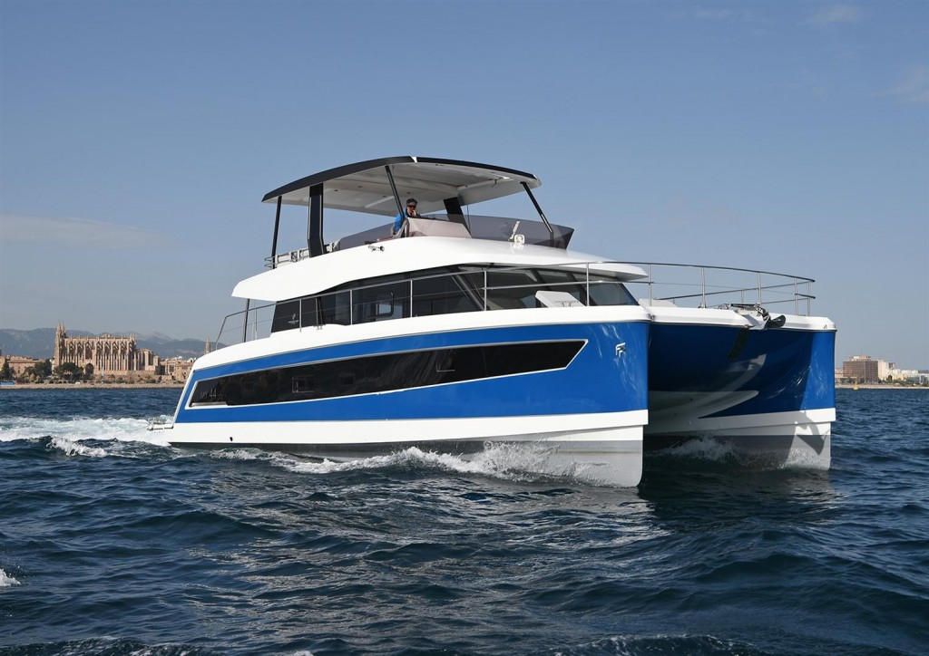 Fountaine Pajot MY44 (Large)