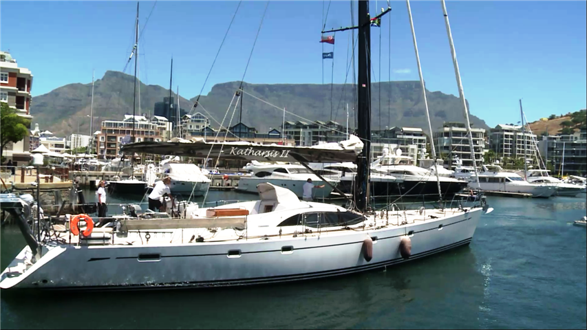 sy Katharsis II_Central Marina Cape Town_2 (Small)